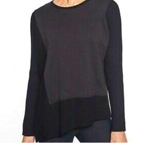 Athleta Asymmetrical Bayridge sweatshirt